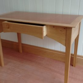 Oak desk/dressing table with inlaid silky oak top £895